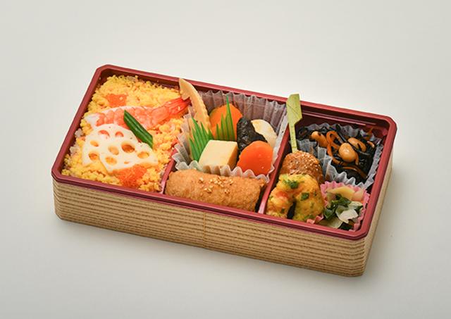 ちらし寿司と南関いなり弁当